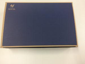 オーラクリスター・ゼロの梱包箱